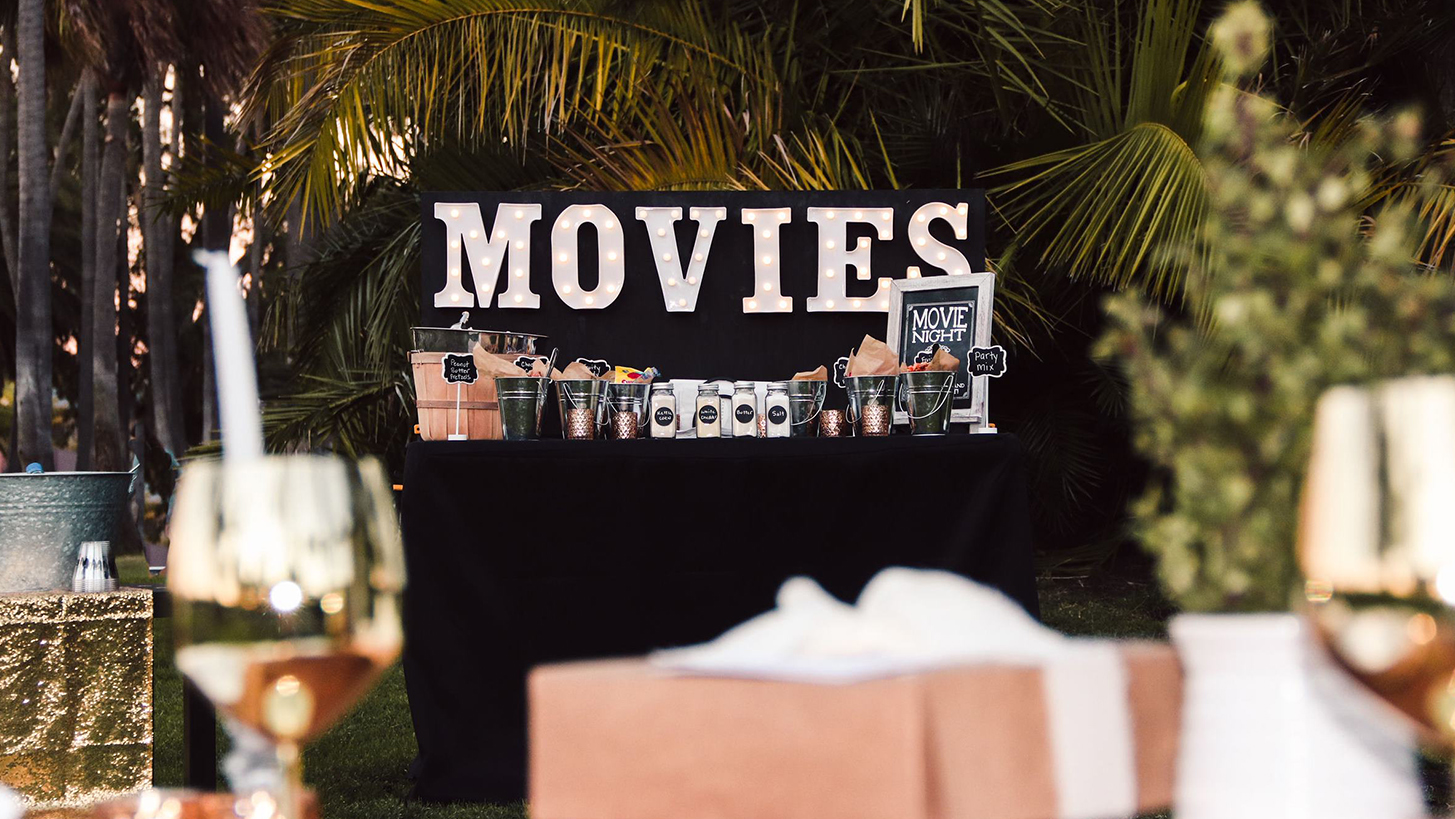 Wow! Events Movie Night Table